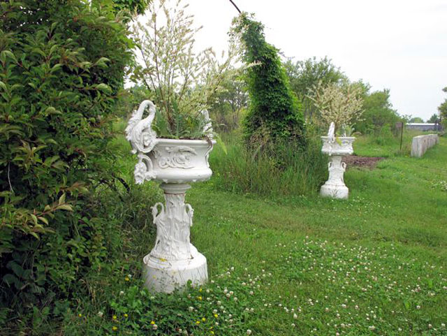antique-garden-ornamets-4